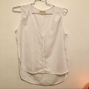 Like new Cloth and stone white button up tank top